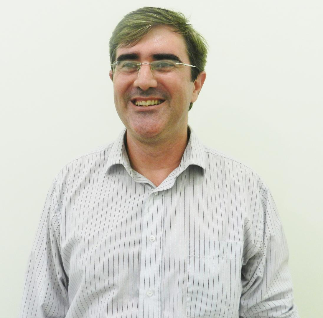 Eduardo Santos Back -  Coordenador dos Cursos de Tecnologia da Faculdade IENH