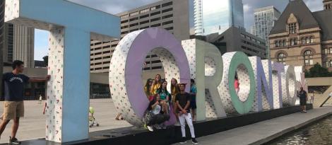 Alunas da IENH participam de programas de liderança no Canadá